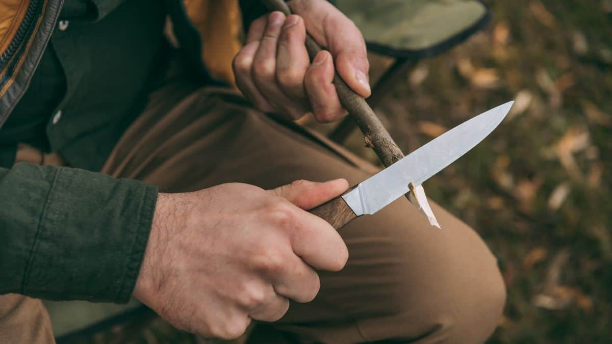 Best Camping Knife Featured