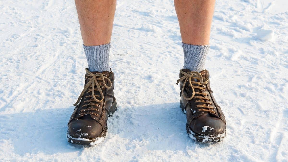 Best Heated Socks Featured