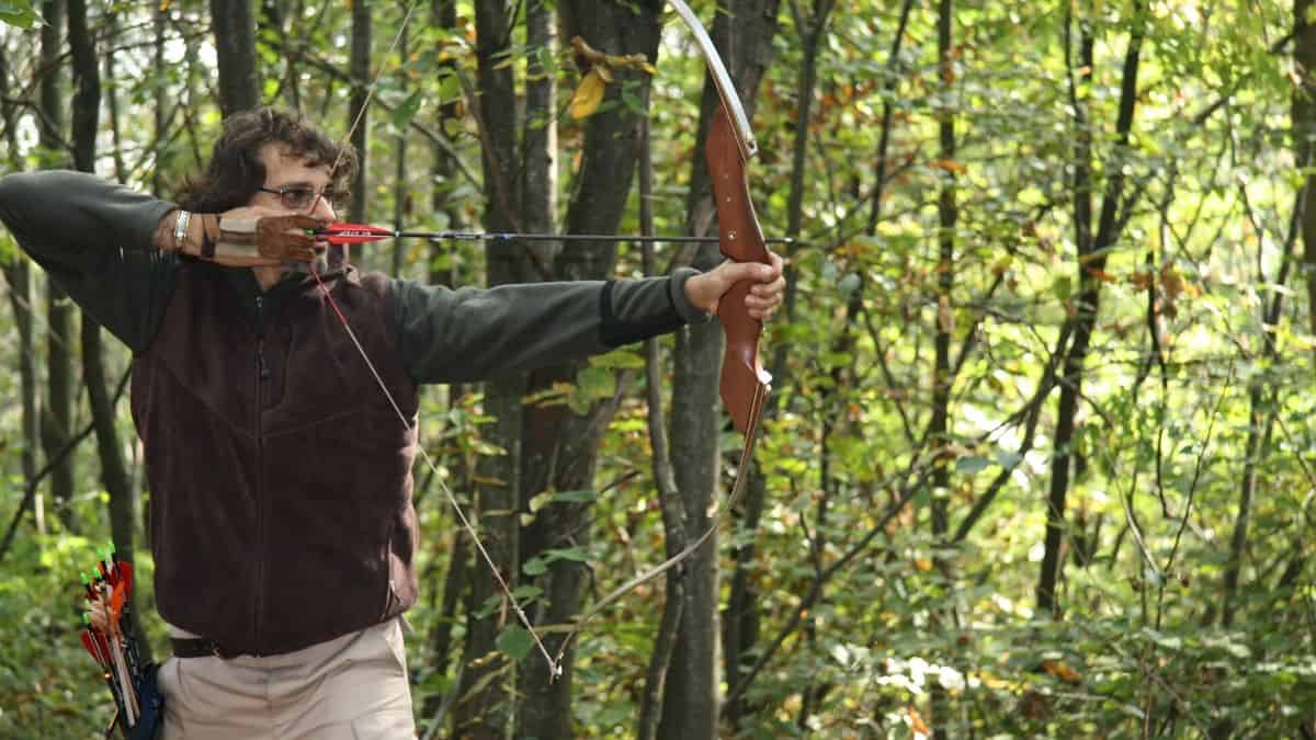 Best Recurve Bow Featured